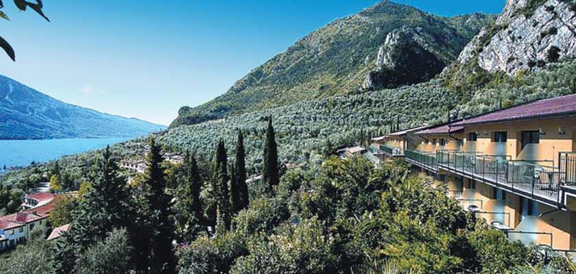Hotel San Pietro, Limone, Lake Garda, Italy - Exterior view.jpg